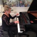 Karen Moore Thomson - Pianist